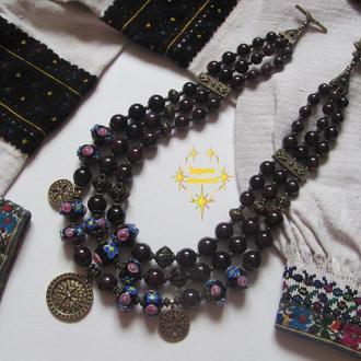 """Ожерелье """"Днистрянка"""" из стекла и граната"""