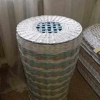 Большая бельевая корзина для ванной комнаты