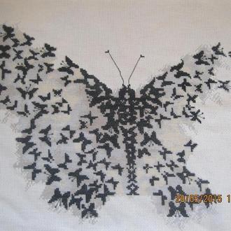 """Вышитая картина """"Из бабочек"""""""
