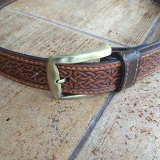 Ремень кожаный с кельтским орнаментом (2-х цветный)