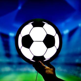 Ночник в форме футбольного мяча для детской комнаты