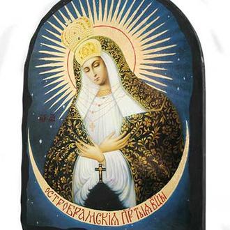 Икона Пресвятой Богородицы Остробрамская