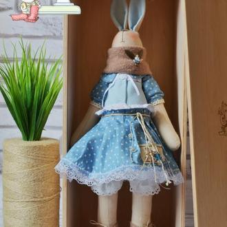 Заяц тильда в подарочной коробке