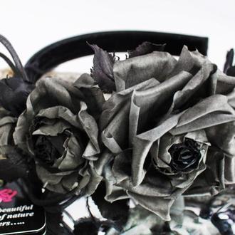 """Ободок з шовковими трояндами """"Загадка Королеви"""". Квіти з тканини"""