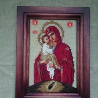 Ікона ,,Почаївської Божої матері,,