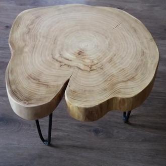 Кофейный / винный столик из натурального дерева