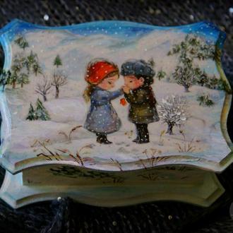 Шкатулка ручной работы: «Любовь твоя меня согревает даже зимой»