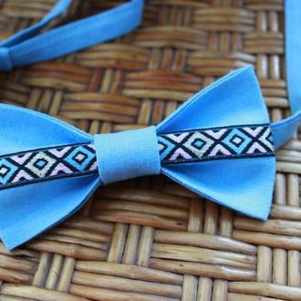 Краватка-метелик блакитна з українським візерунком/ Галстук-бабочка голубая с украинским узором