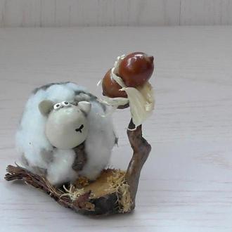 "Фигурка из папье-маше "" Овечка и дерево"""