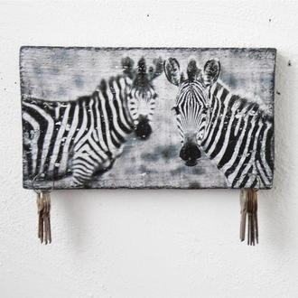 Настенная ключница из дерева с изображением зебры, ручная работа, черно белая ключница