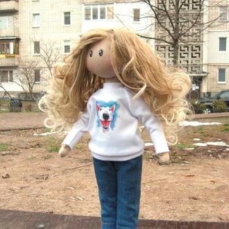 Дівчинка з бультер'єром
