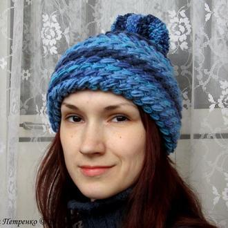 Объёмная зимняя шапка.