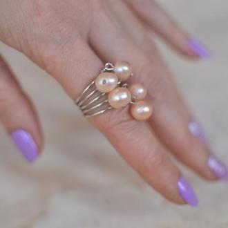 Кольцо с натуральным розовым жемчугом