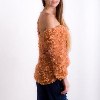 Модный вязаный женский джемпер спицами