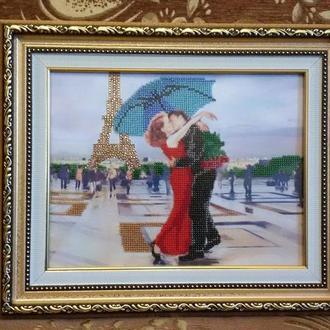 """Картина бисером и стразами """"Поцелуй в Париже"""""""
