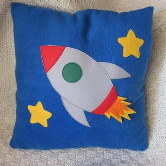 Подушка детская с ракетой