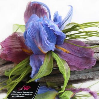 Цветы из ткани. Брошь цветок Ирис «Волшебный»