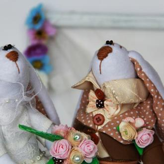 Свадебная пара зайцев