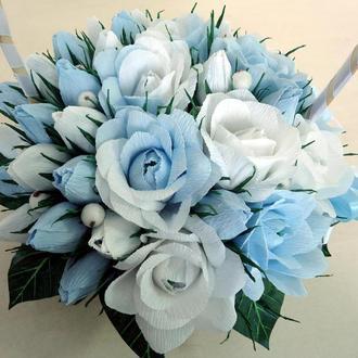 Голубой букет из конфет (розы и бутоны)