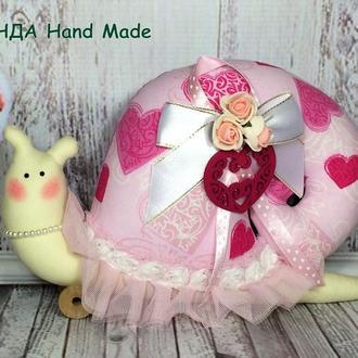 Улитка интерьерная  с сердечком розовая