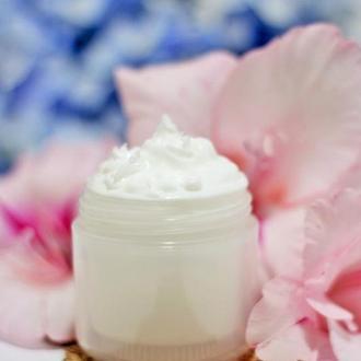 Anti-Age крем для лица с керамидами и цветочными протеинами