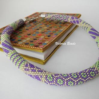 Нежное пастельное пэчворк ожерелье жгут из бисера фиолетовое с алюминием