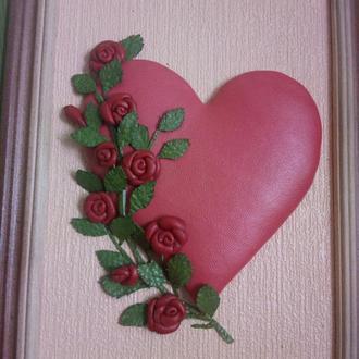 Картинка- валентинка из натуральной кожи.
