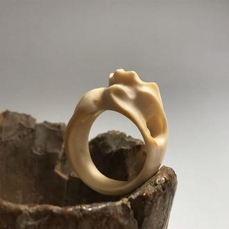 Кольцо из бивня мамонта