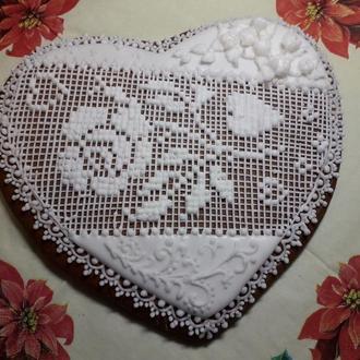 Пряник. «Сердце большое»  В наличии и под заказ.