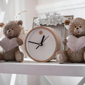 "Часы настольные деревянные белые ""Mini White"""