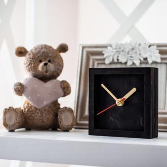 Часы деревянные настольные классические I (венге)