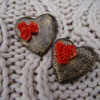 Брошь сердце с розами