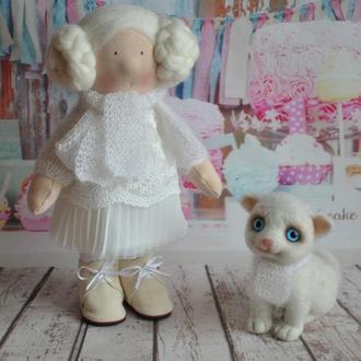 Ксюша и ее друг Снежка коллекционная кукла 28 см