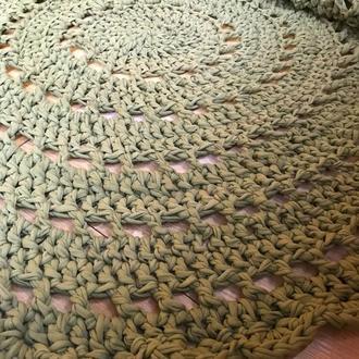 Коврик вязаный (трикотажная пряжа) диаметр 130 см