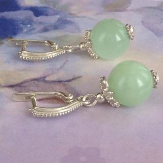 Серебряные серьги с зеленым ониксом