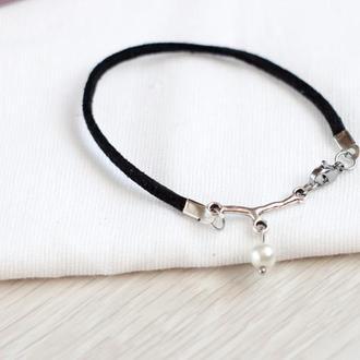 Женский черный замшевый браслет с жемчужиной браслет кожаный подарок девушке