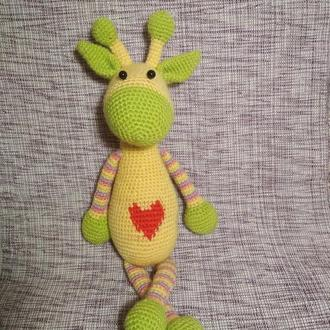 Вязаный жираф