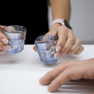 Набор пьяных голографических рюмок граненых