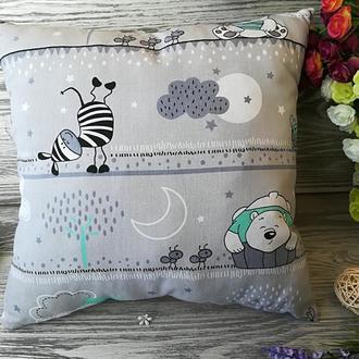 Подушка детская мятный мишка и зебра