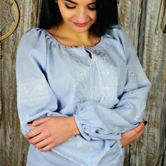 Женская блуза с вышивкой UA-11