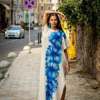 Платье из натурального льна и авторским рисунком на ткани
