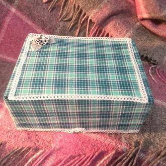 Декорированная коробка для мелочей