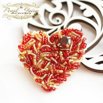 Брошь сердце подарок любимой на праздник