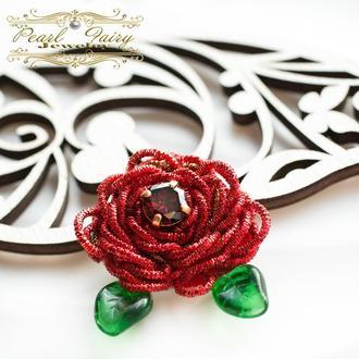 Брошь роза с кристаллом циркона подарок любимой на праздник