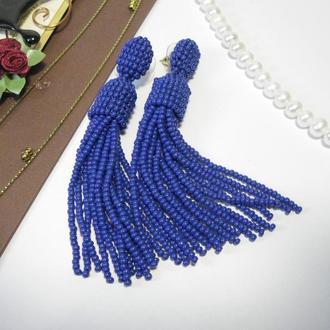 Синие серьги кисточки из бисера