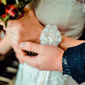 """Свадебный браслет из полимерной глины """"Воздушный айвори"""""""