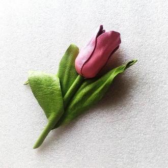 Брошь из кожи -тюльпан