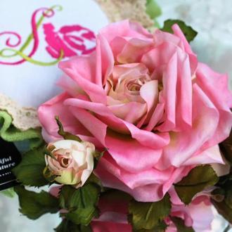 Брошь-заколка роза «В ожидании чуда». Цветы из ткани
