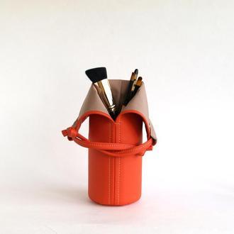 Футляр под кисти для макияжа / Оранжевая косметичка