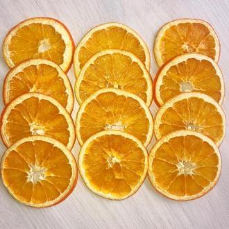 Сушені кільця апельсинів